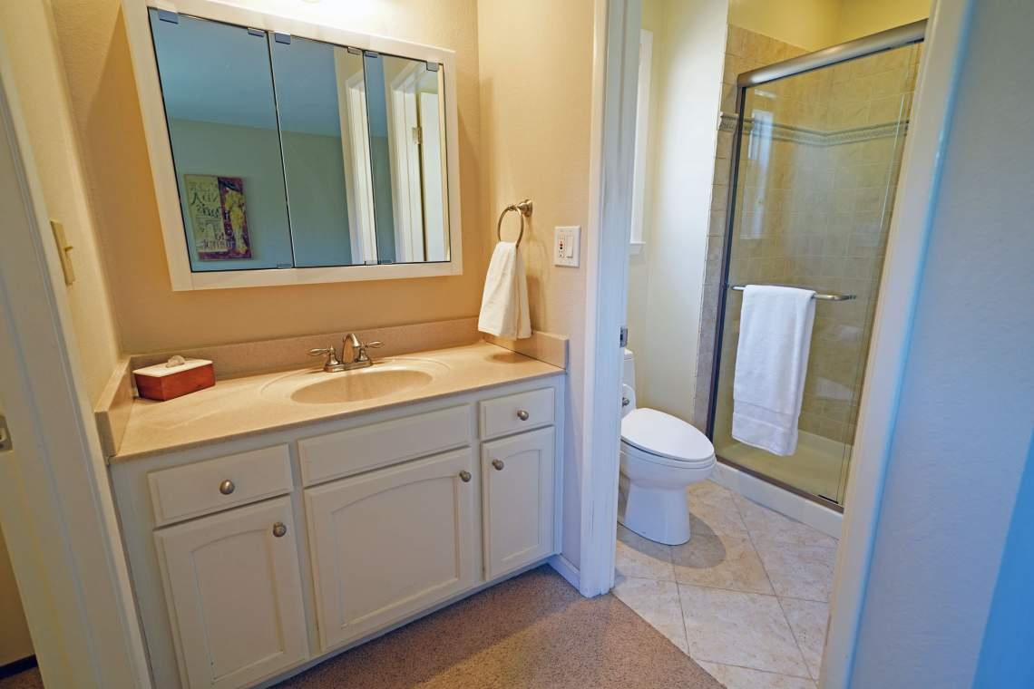 Master-bath-vanity-web