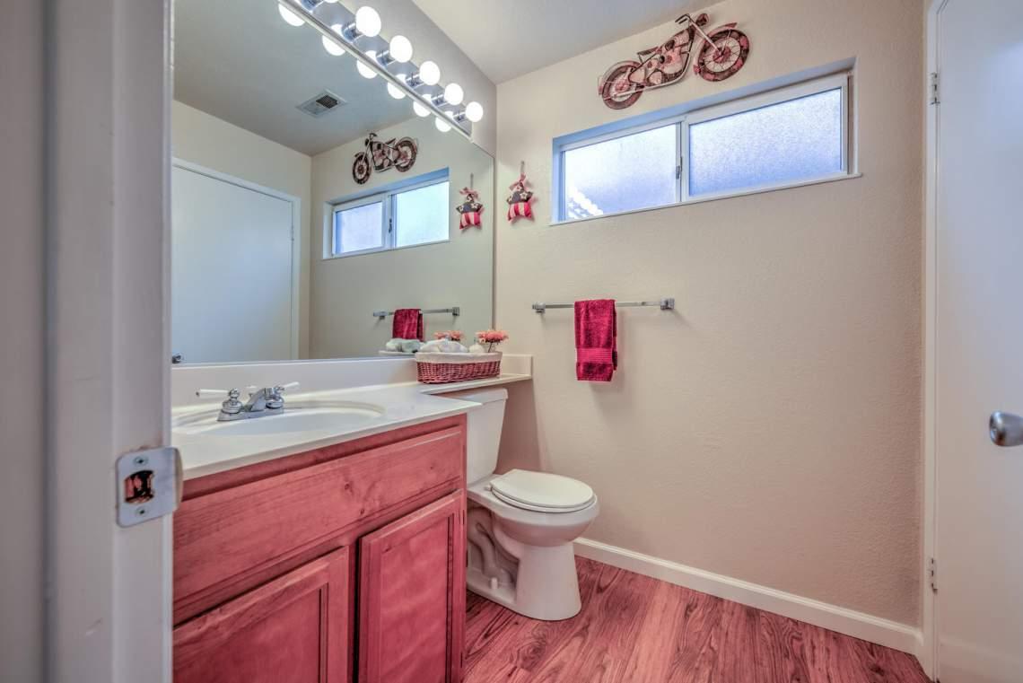 5030 Thatcher Dr Martinez CA-large-014-19-Bathroom 1-1498x1000-72dpi