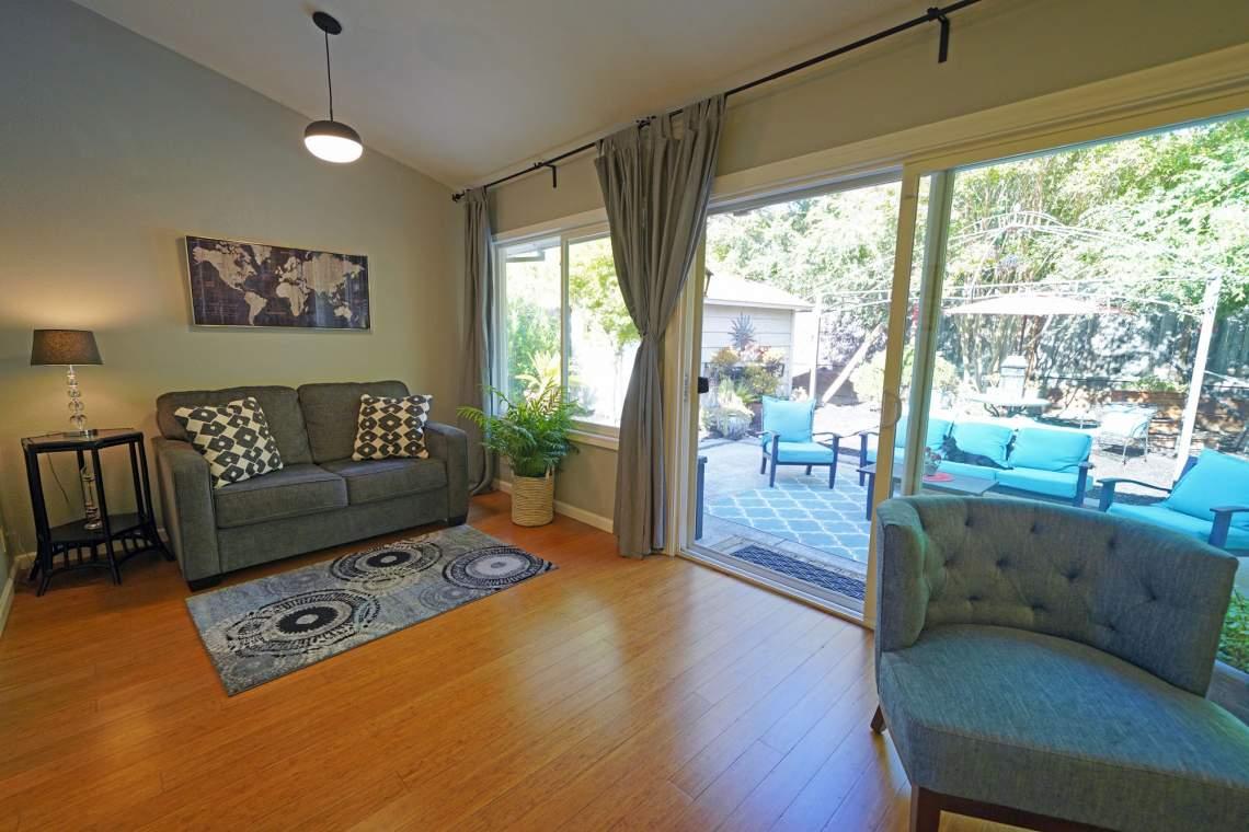 Living-Room-Rear-den-web