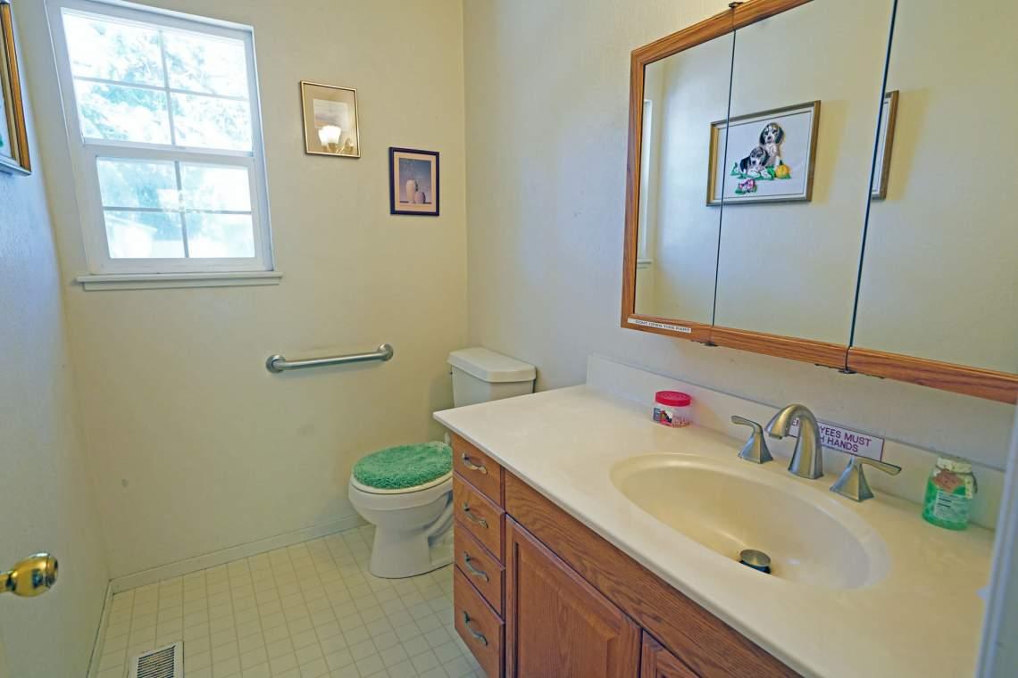 Downstairs-Half-Bath-Web